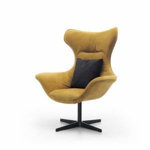musztardowy fotel Grande