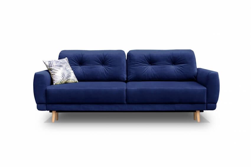 niebieska sofa w stylu hampton