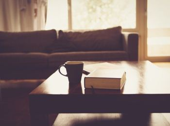 sofa skrzypi porady