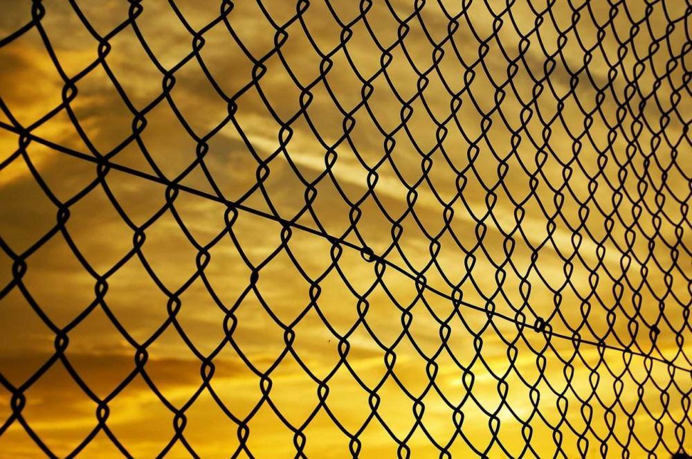 tymczasowe ogrodzenie placu budowy siatka