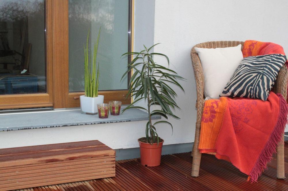 jak zrobić drewniany taras i zabezpieczyć go przed deszczem